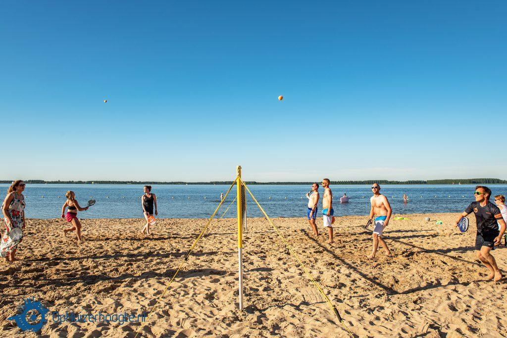 Beachsport Huizer strand beachtennis