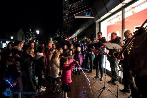 20181221-Speurtocht-en-lampionnenoptocht-Oude-Kerk-10